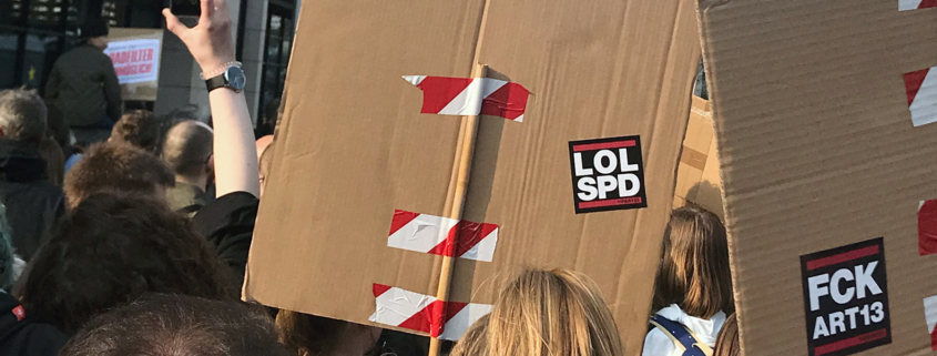 LOLSPD – Artikel13-Demozug vor dem Willy-Brandt-Haus in Berlin